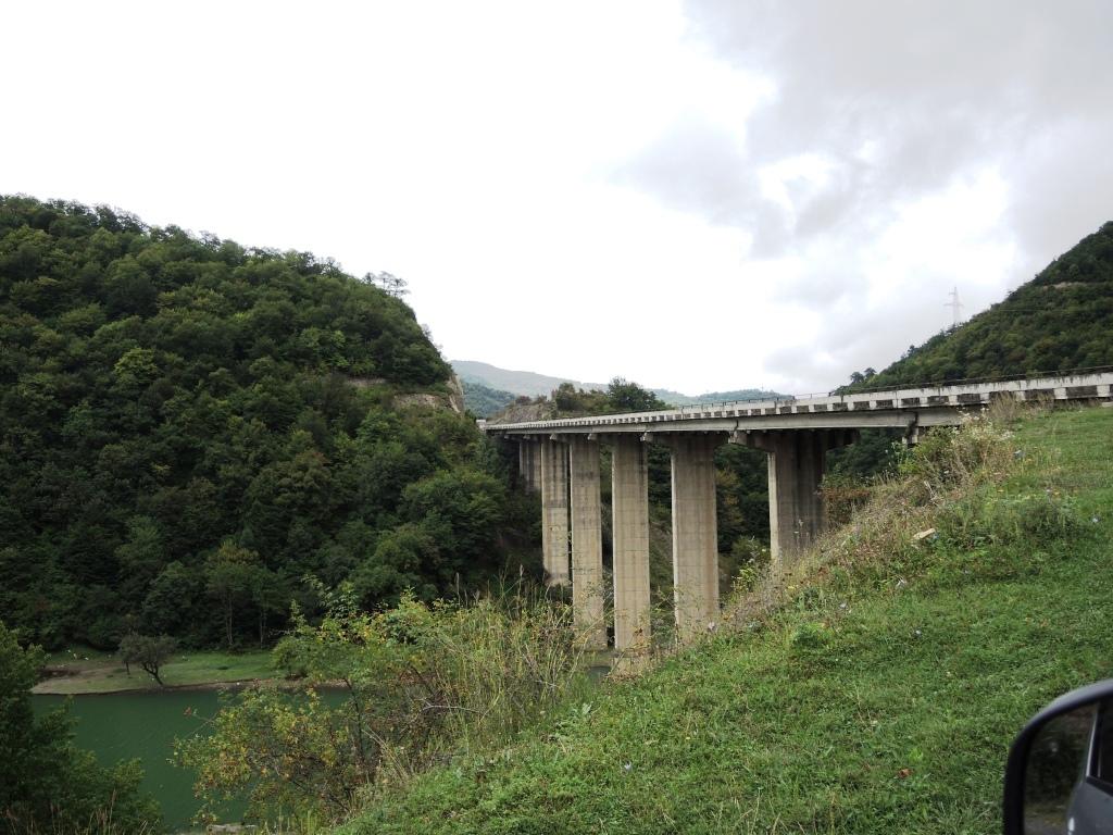 Виадук возле Ананури