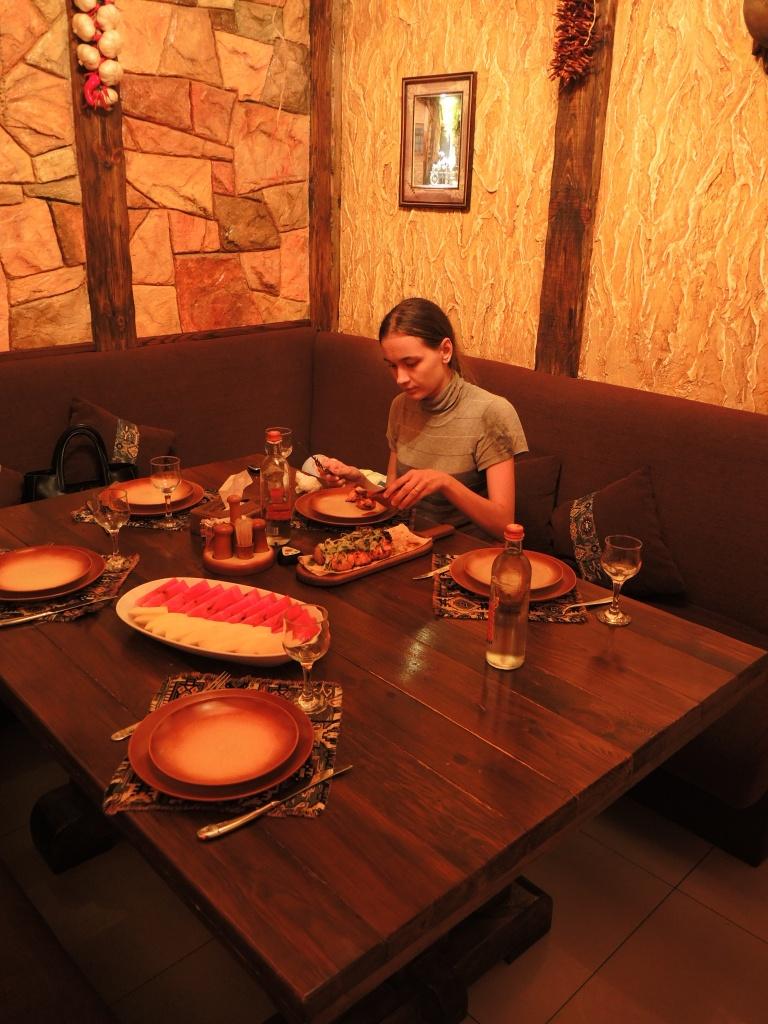 "Ереван. Ресторан ""Кавказская пленница"""
