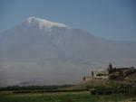 Арарат на фоне монастыря Хор Вирап