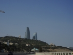 Баку. Здания, символищирующие три языка пламени