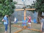 Черногория. Старый Котор. Максима развлекают местные студенты