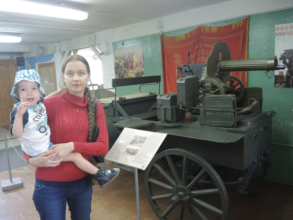 Музей в Ивановском. Тачанка с пулеметом