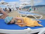 Болгария. Солнечный берег. Силы малыша иссякли