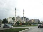 Косовская-Митровица. Южная часть. Xhamia e Zallit