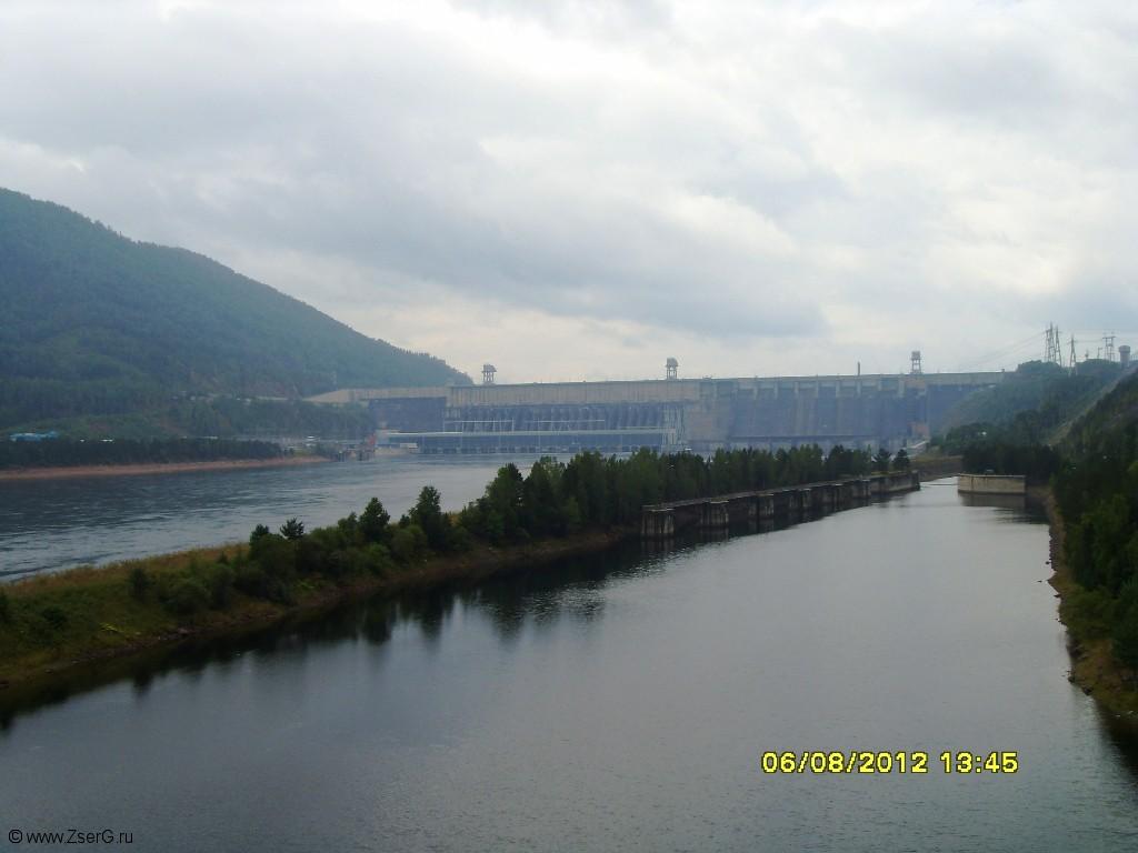 Красноярская ГЭС. Судоподъемник