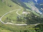 Швейцария. Дорога в Альпах.
