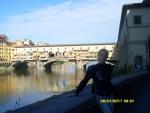 Италия. Флоренция. Есть там вот такой забавный мост и домиками