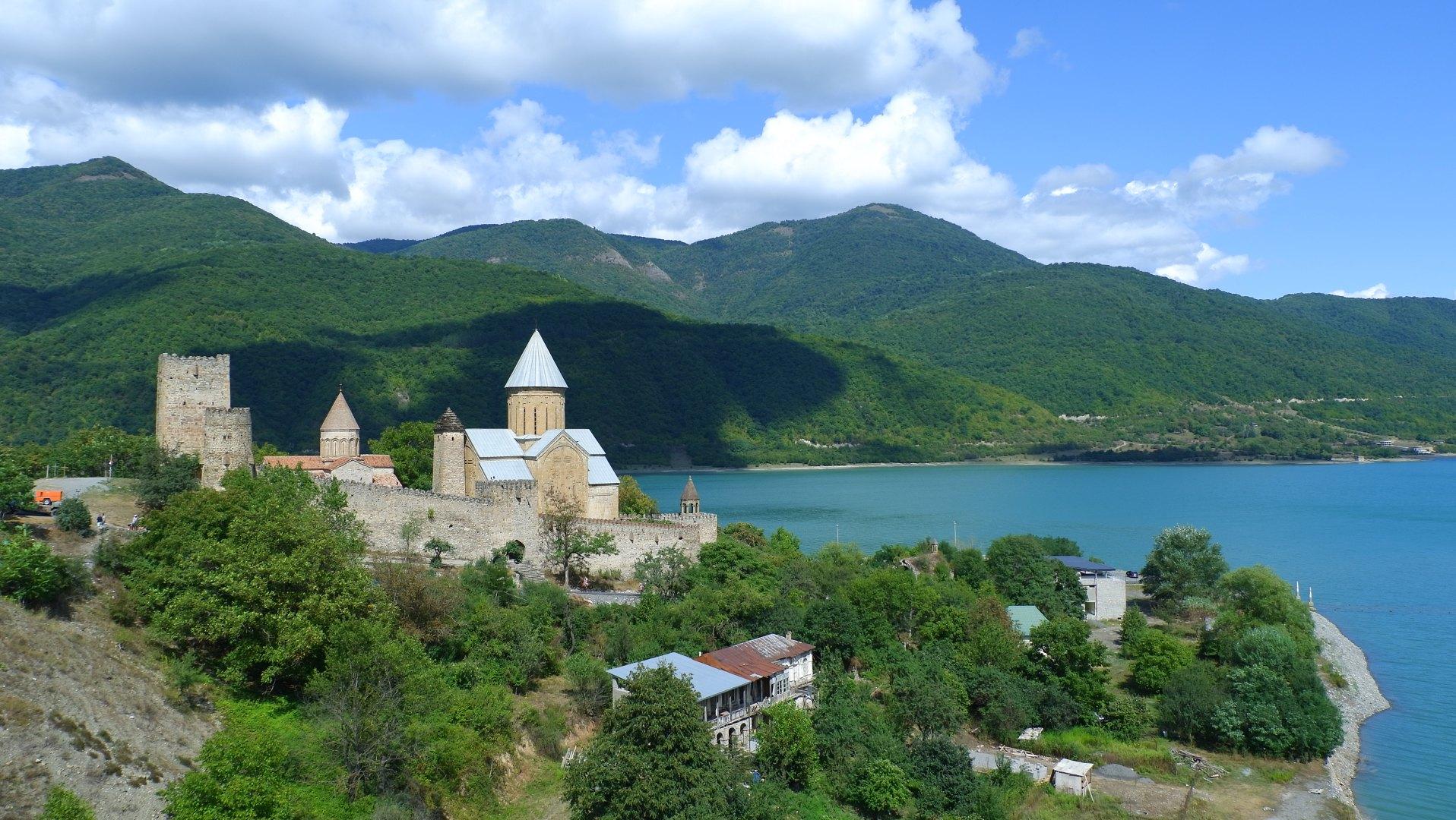 Грузия. Ананури